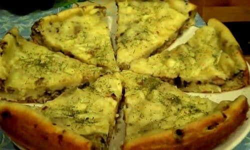 Пирог на скорую руку с консервированной рыбой