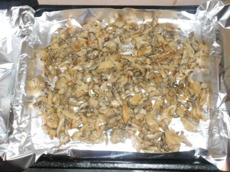 грибы выложить на фольгу