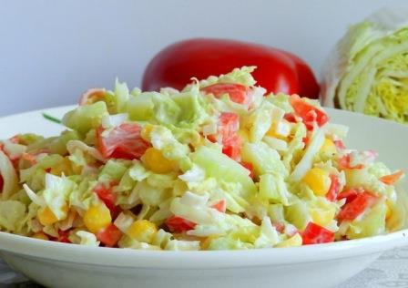 салат с крабовым мясом очень вкусный