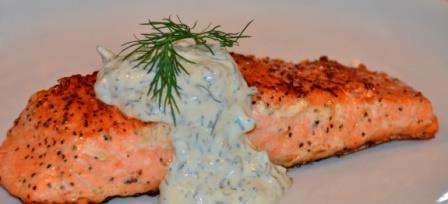 лосось со сметанным соусом