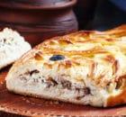 Пирог со скумбрией — для любителей сытной выпечки