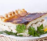 Вкусный пирог из свежемороженой скумбрии