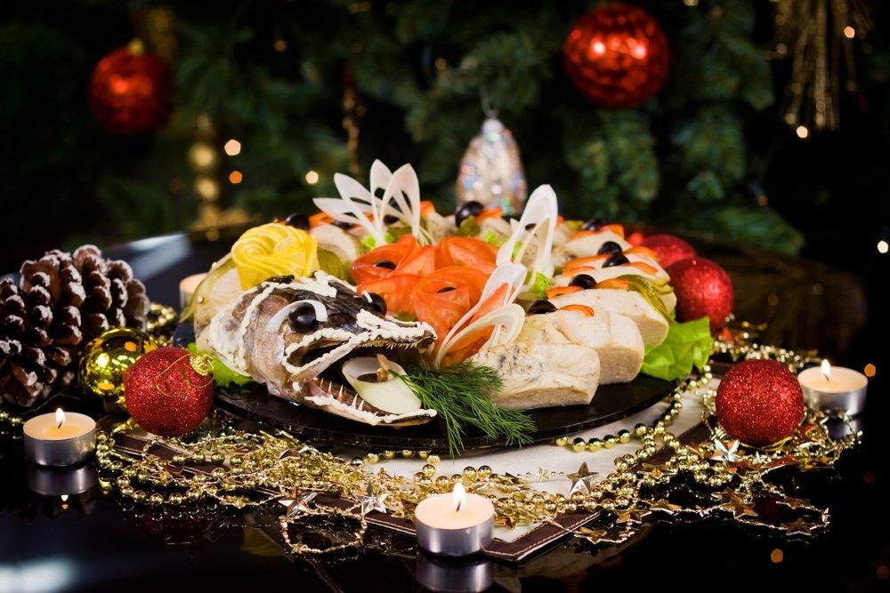 праздничный стол, рыба соленая
